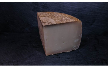 Organic Mutschi Gohl - sheep milk cheese