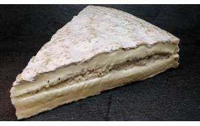 Brie de Meaux with truffles