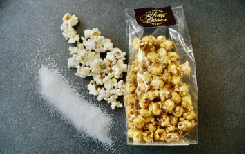 Popcorn with caramel and fleur de sel