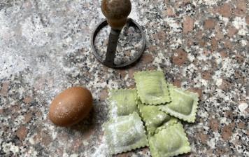 Wild garlic Ravioloni