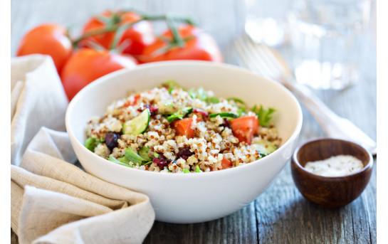 Salade de quinoa suisse